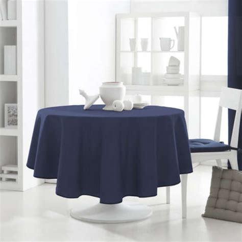 nappe ronde bleu marine les ustensiles de cuisine