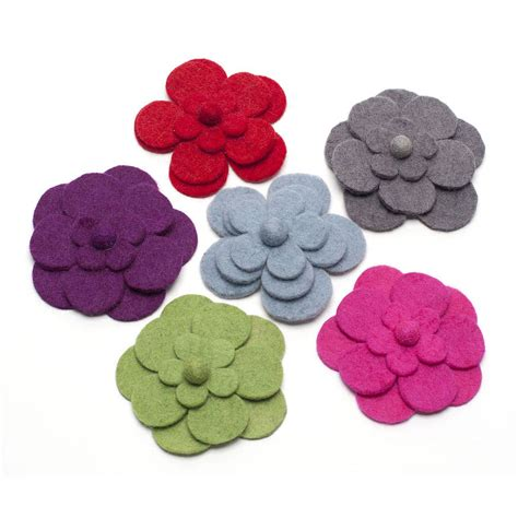 Handmade Felt - handmade felt big flower brooch by felt so