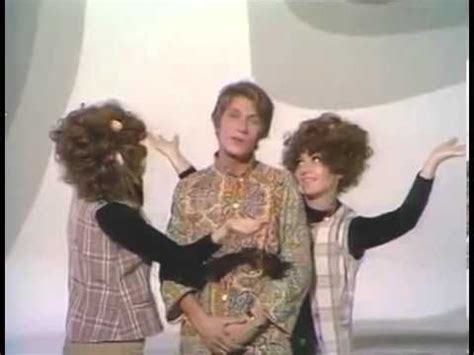 jacques dutronc hippie hippie hourrah 57 best chanson francaise images on pinterest music