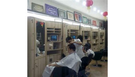 Sisir Barbershop pangkas rambut di sini bisa dapat sisir baru bisnis tempo co