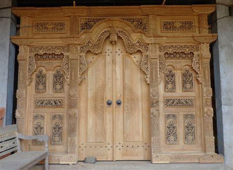 Gebyok Pintu Gebyok Ukir Jawa Pintu Rumah Kusen 4 pintu gebyok antik ukir jepara terlaris zaman
