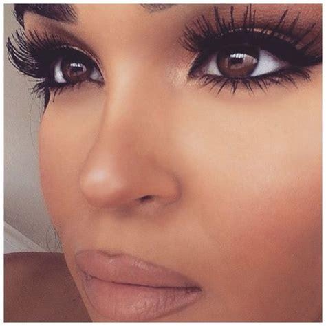 apply false eyelashes pretty designs