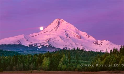 mt hood moonset parkdale oregon mike putnam photography