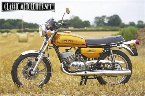 suzuki gta road test classic motorbikes