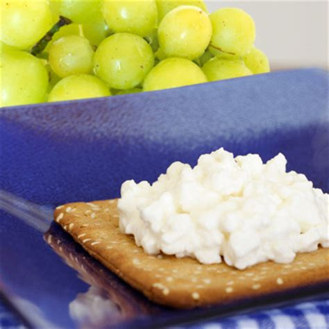 is cottage cheese for diabetics whole grain crackers grapes and cottage cheese healthy