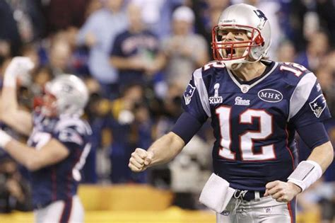 Go Giants And Throw Tom Brady His by Bowl Xlvi Giants Pip Patriots In Dramatic Bowl