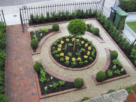 Ideas For Small Front Gardens Form Al Parterred For A Front Garden Landscaping Decks Small Front Gardens