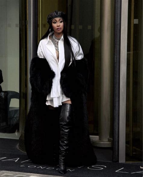Bartier Balenciage best of 2017 fashionista of the year fashion bomb daily style magazine fashion