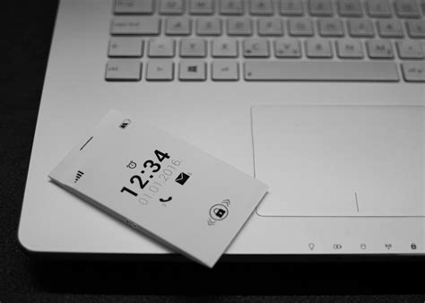 e ink display mobile phone a new e ink phone has just been developed