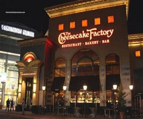cheesecake factory hours cheesecake factory new years hours 28 images new years