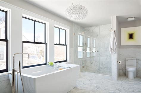 White Marble Bathrooms by Marble Bathrooms We Re Swooning Hgtv S Decorating