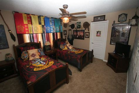 harry potter themed bedroom see the magic world in the room with harry potter bedroom