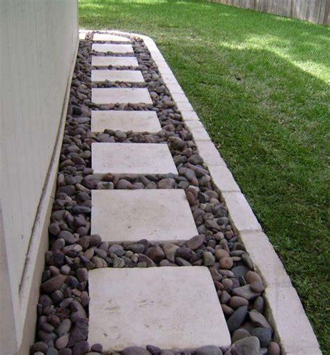 backyard pathway ideas 25 best ideas about backyard walkway on
