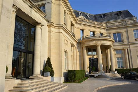 tiara ch 226 teau h 244 tel mont royal chantilly royal room hotel review