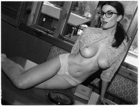 Olivia Rose Nude Photos
