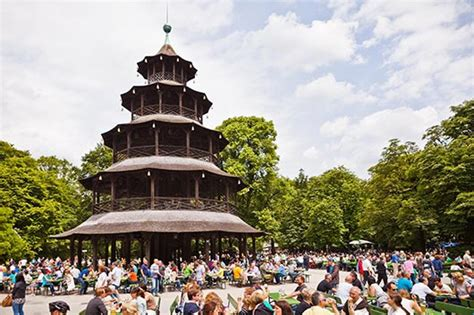 Englischer Garten Biergarten Parken by Restaurant Am Chinesischen Turm
