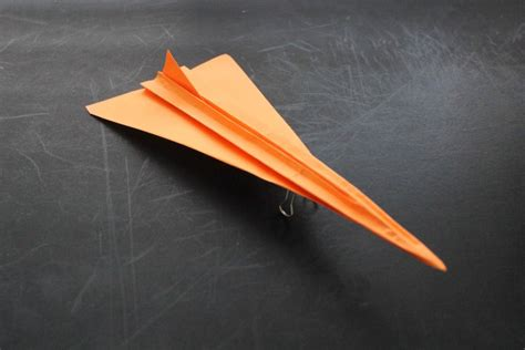 best paper airplane design 16 best paper airplane designs