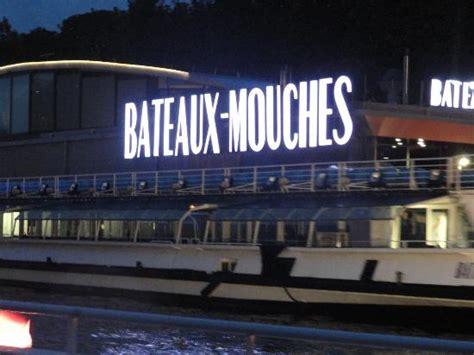 bateau mouche faut il reserver embarquement photo de bateaux mouches paris tripadvisor
