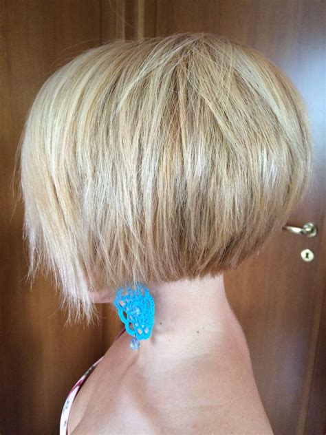 pictures of layered short bob haircuts front and back inverted bob short hair pinterest inverted bob