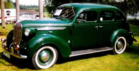 1938 plymouth 4 door sedan file plymouth p6 de luxe 4 door sedan 1938 jpg wikimedia