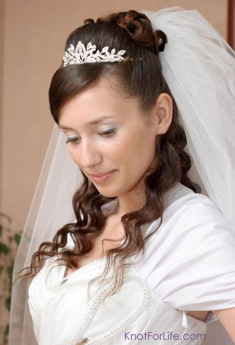 Wedding Hairstyles Half Up With Tiara And Veil by Wedding Hair Half Up Half With Veil