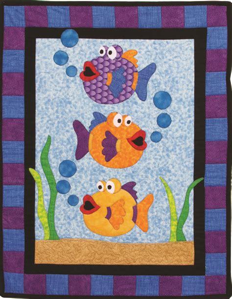 applique quilt pattern best 25 fish quilt ideas on fish quilt