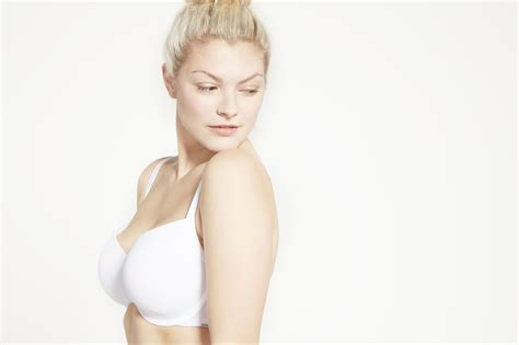 differences between a contour bra and a t shirt bra