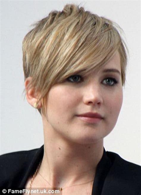 older actress short hair girls pixie haircut