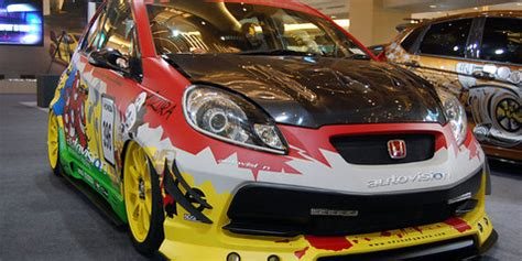 Support Shockbreker Ori Honda Jazz Rs City Brio Mobilio Fred Genio modifikasi brio satya racing carbon otosia