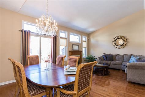 maple key private ottawa large   dining room