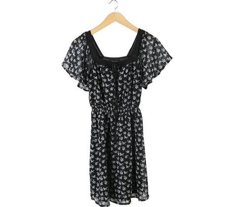 black and white patterned mini dress new look black and white floral mini dress