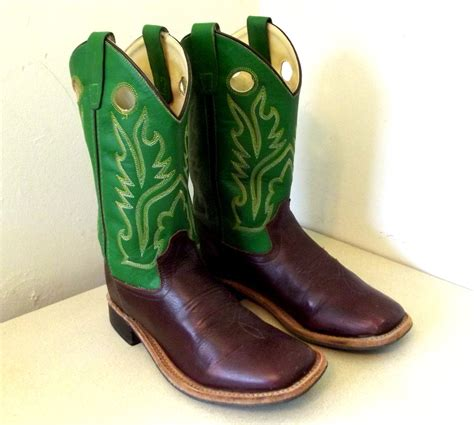 vintage west cowboy boots in green and brown leather size