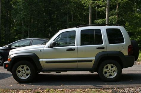 silver jeep liberty 2007 purchase used 2007 jeep liberty 4x4 automatic cd silver