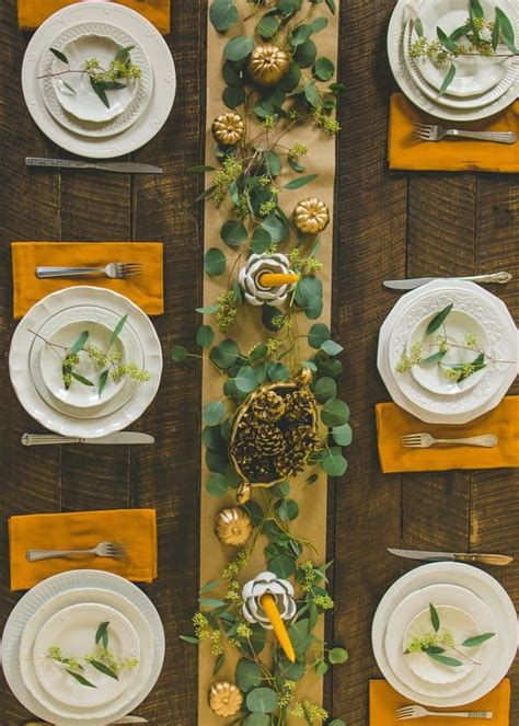 things to do at thanksgiving table best 25 thanksgiving tablescapes ideas on