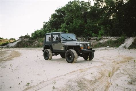 jeep accidents jeep wrangler yj 48k florida clean carfax no