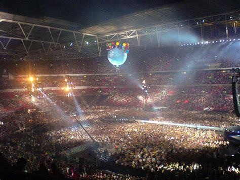 eminem in concerto al wembley stadium di londra luglio eminem in concerto al wembley stadium di londra luglio