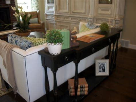 decorating a sofa table behind a couch table like this behind my couch sofa tables pinterest