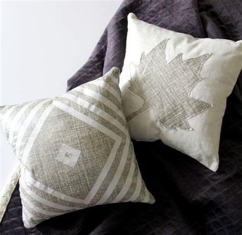 The Pillows Vinyl by Washi Vinyl Applique Pillows The Sewing Rabbit