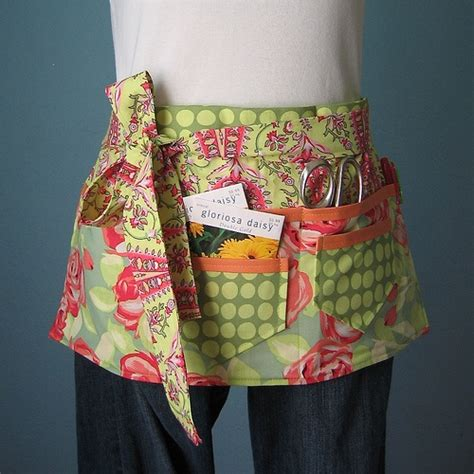 pattern for vendor apron love garden or craft apron make me an apron pinterest