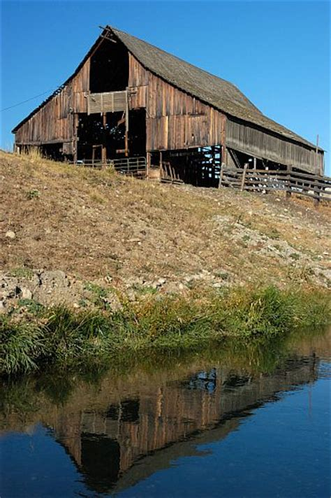 Farm Sheds Wa by 1000 Images About Barns And Sheds On
