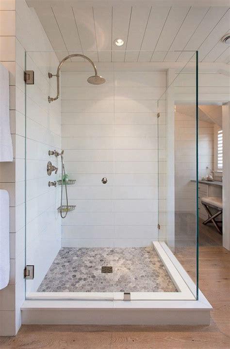 river rock bathroom ideas  pinterest master