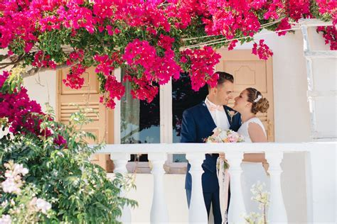 Stunning Intimate Destination Wedding in Santorini, Greece