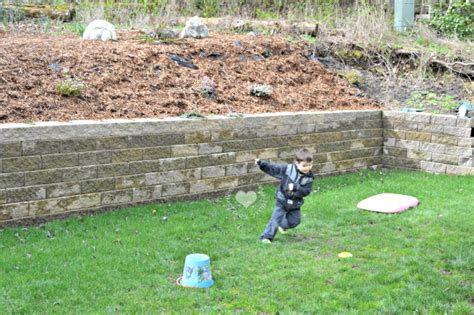 easy backyard obstacle course get outside backyard kids obstacle course ideas