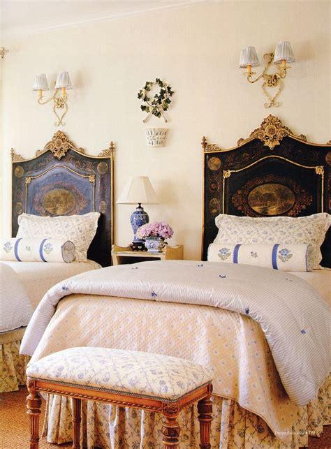 twin headboard ideas best 25 antique bedrooms ideas on pinterest dark wood