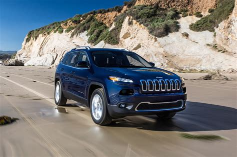 jeep patriot 2017 blue 2017 jeep cherokee reviews and rating motor trend