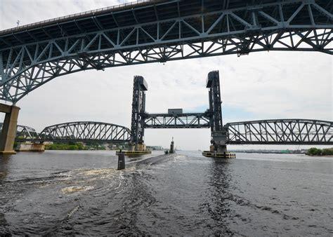 thames river bridge connecticut