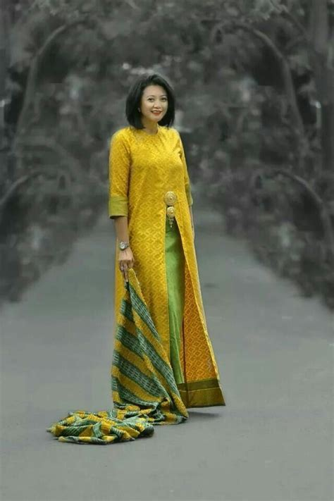 Kebaya Batik Panjang 1 the 25 best baju kurung ideas on draped skirt