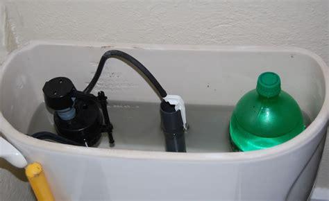 economia sanitaria dispense garrafa pet no banheiro dica ajuda a reduzir desperd 237 cio