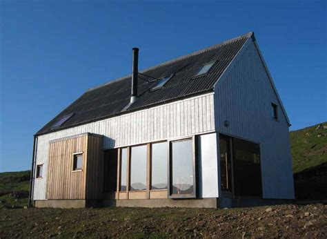 The Wooden House   Skye Home   e architect