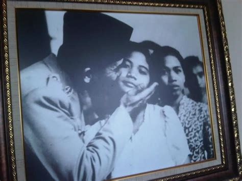 Koleksi Baru Mukenah Bali G 871 menilik koleksi benda antik presiden pertama ri di soekarno center bali